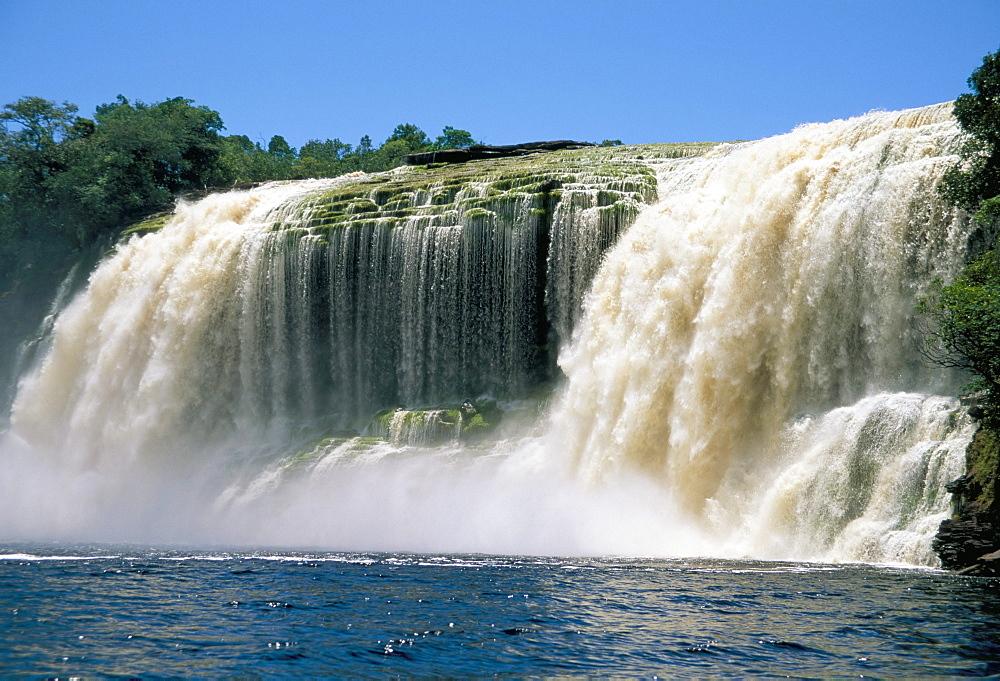 El Sapito waterfall, Canaima National Park, UNESCO World Heritage Site, Venezuela, South America