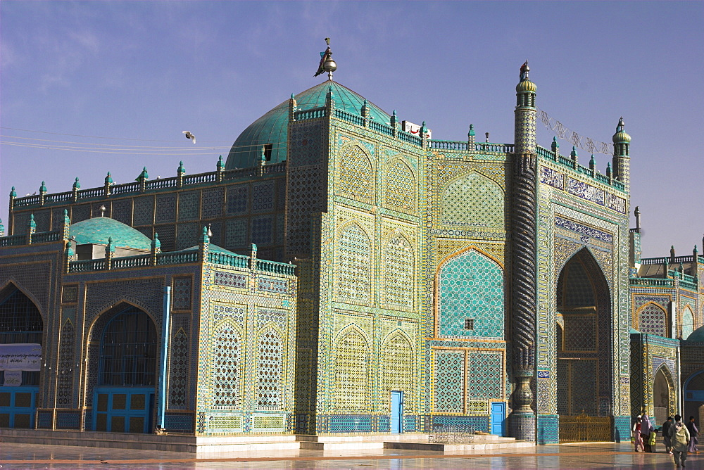 Shrine of Hazrat Ali, who was assassinated in 661, Mazar-I-Sharif, Afghanistan, Asia