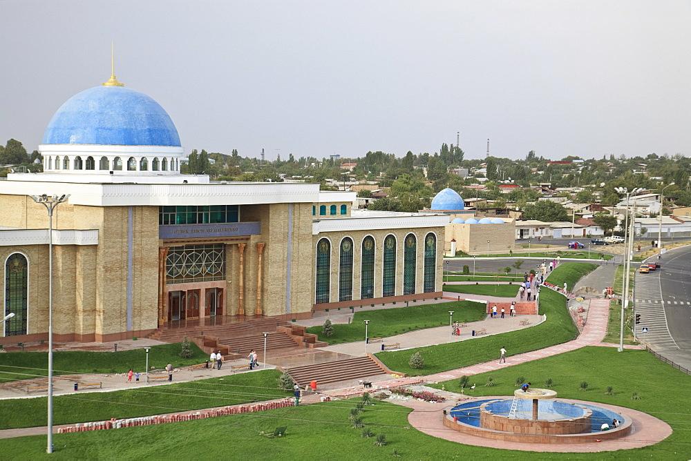 Oz'bek Liboslari Galereyasi, Tashkent, Uzbekistan, Central Asia, Asia