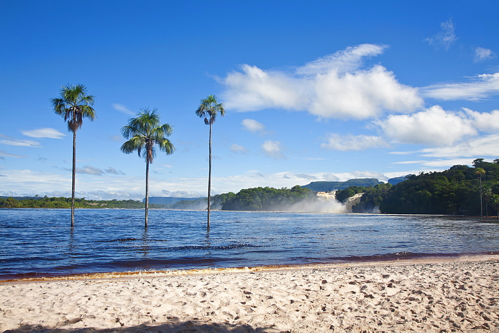 View to Hacha falls, Canaima Lagoon, Canaima National Park, UNESCO World Heritage Site, Guayana Highlands, Venezuela, South America