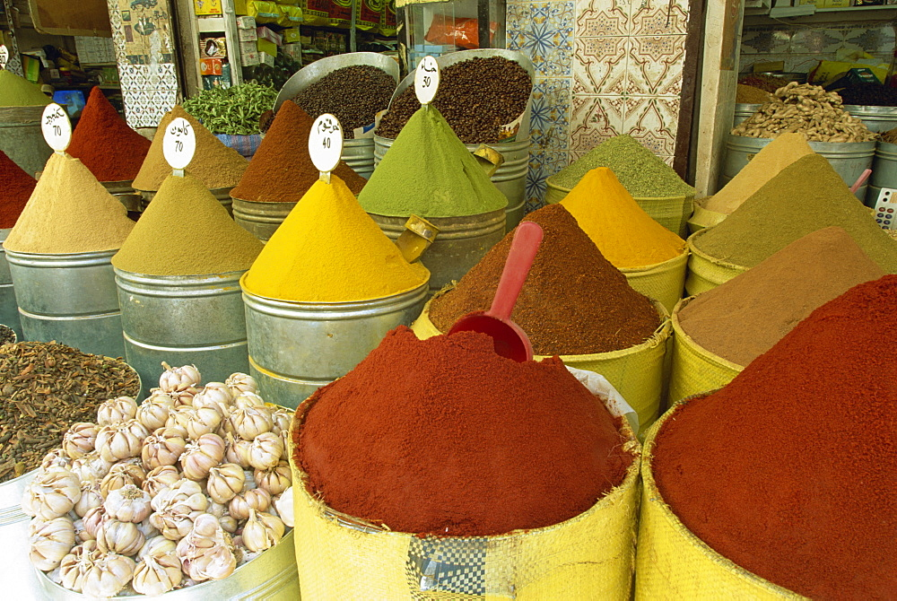 Spices for sale in the Mellah (old Jewish Quarter), Marrakech, Morocco, North Africa, Africa