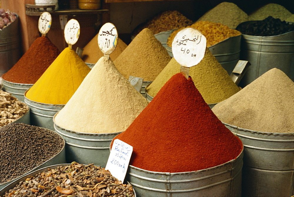 Spices for sale in spices souk, The Mellah (old Jewish quarter), Marrakech, Morocco, North Africa, Africa