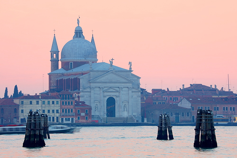 Chiesa del Santissimo Redentore at sunset, Giudecca, Venice, UNESCO World Heritage Site, Veneto, Italy, Europe