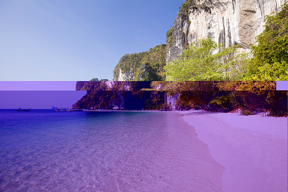 White sand beach and limestone cliff on Koh Hong Island off the coast of Krabi, Ao Nang, Krabi, Thailand, Southeast Asia, Asia