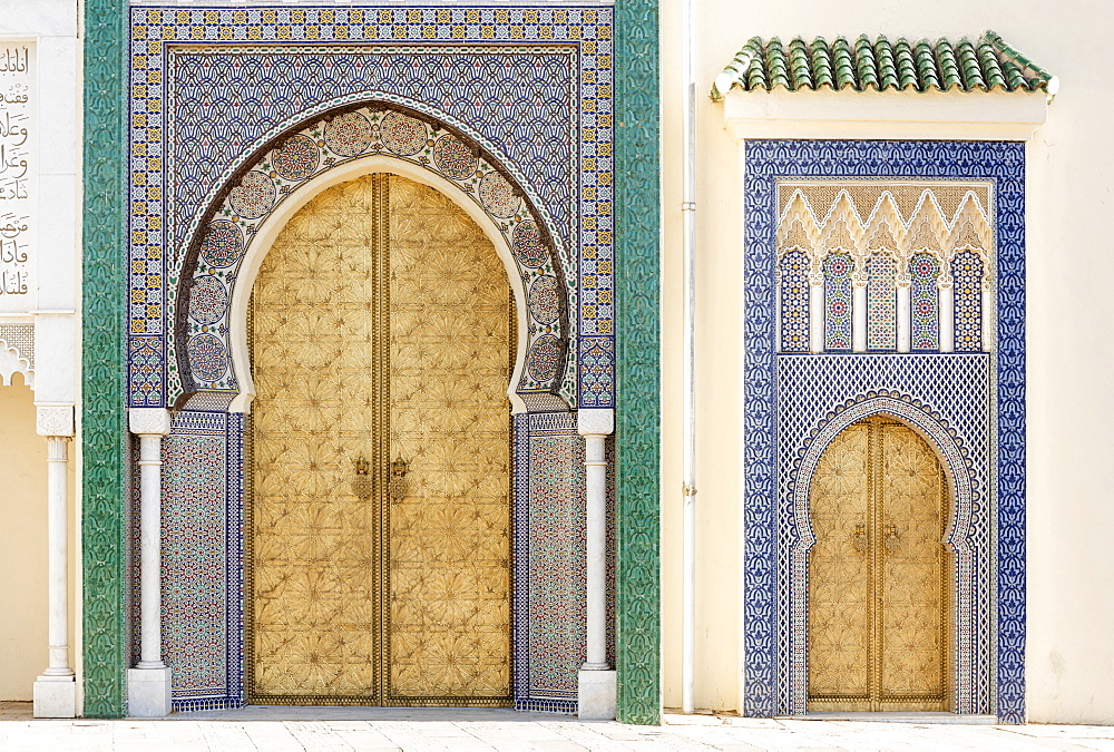 Golden doors and ornate mosaic wall on the Royal Palace of Fez (Dar el Makhzen), Fez, Morocco, North Africa, Africa