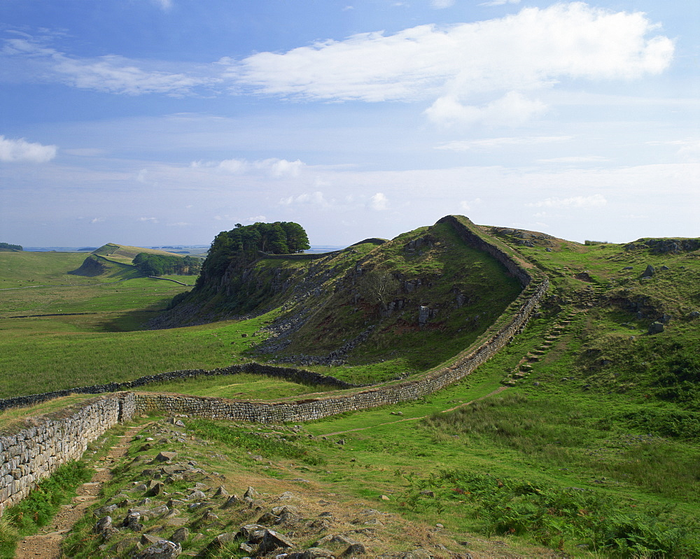 Hadrian's Wall, UNESCO World Heritage Site, Northumberland, England, United Kingdom, Europe