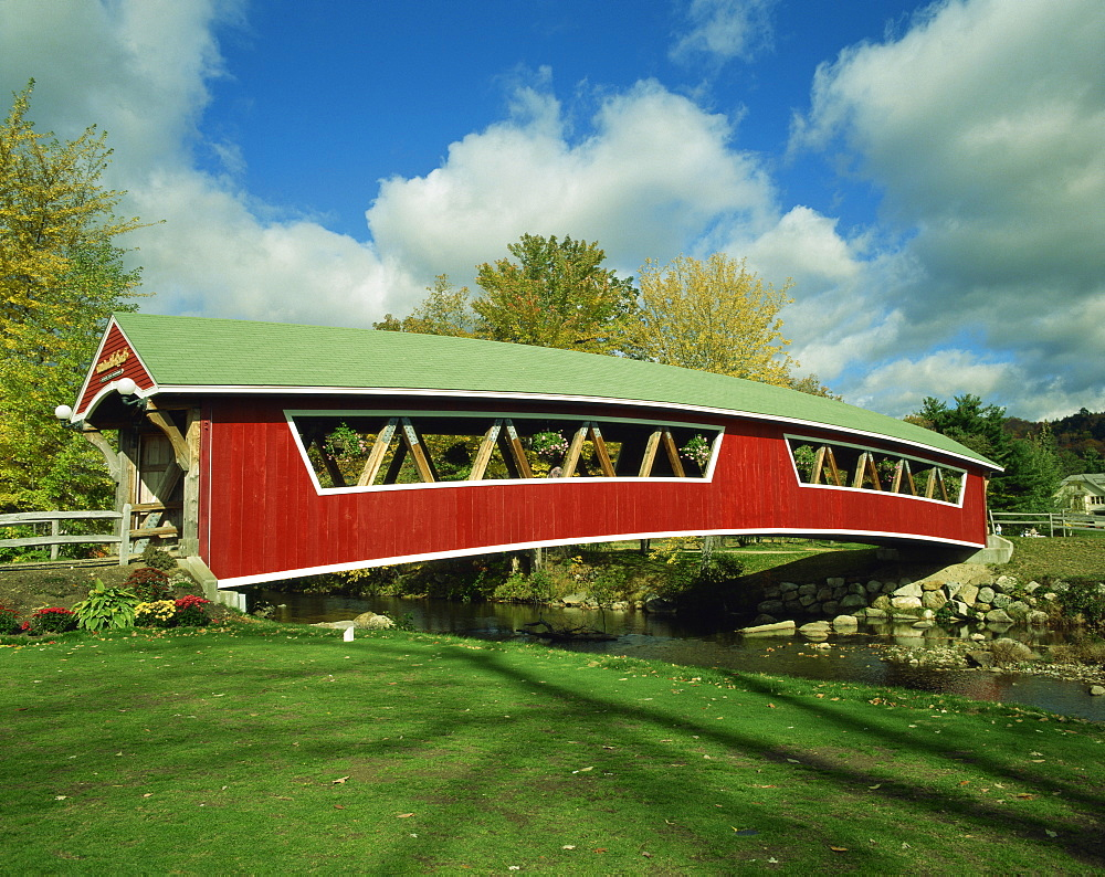 Covered bridge at Conway, New Hampshire, New England, United States of America, North America