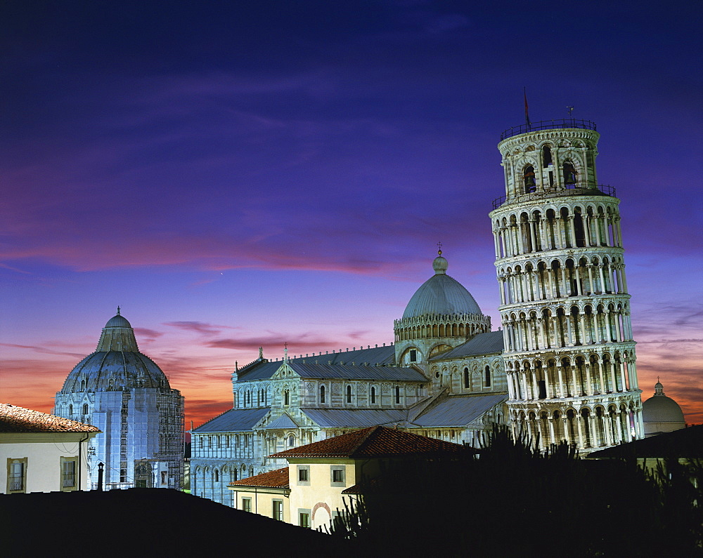 The Leaning Tower, Duomo and Baptistery at sunset in the city of Pisa, UNESCO World Heritage Site, Tuscany, Italy, Europe