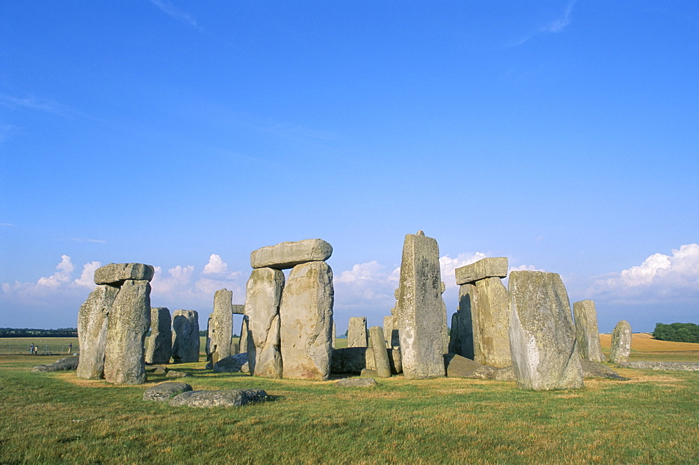 Stonehenge, Wiltshire, England, UK - 352-500