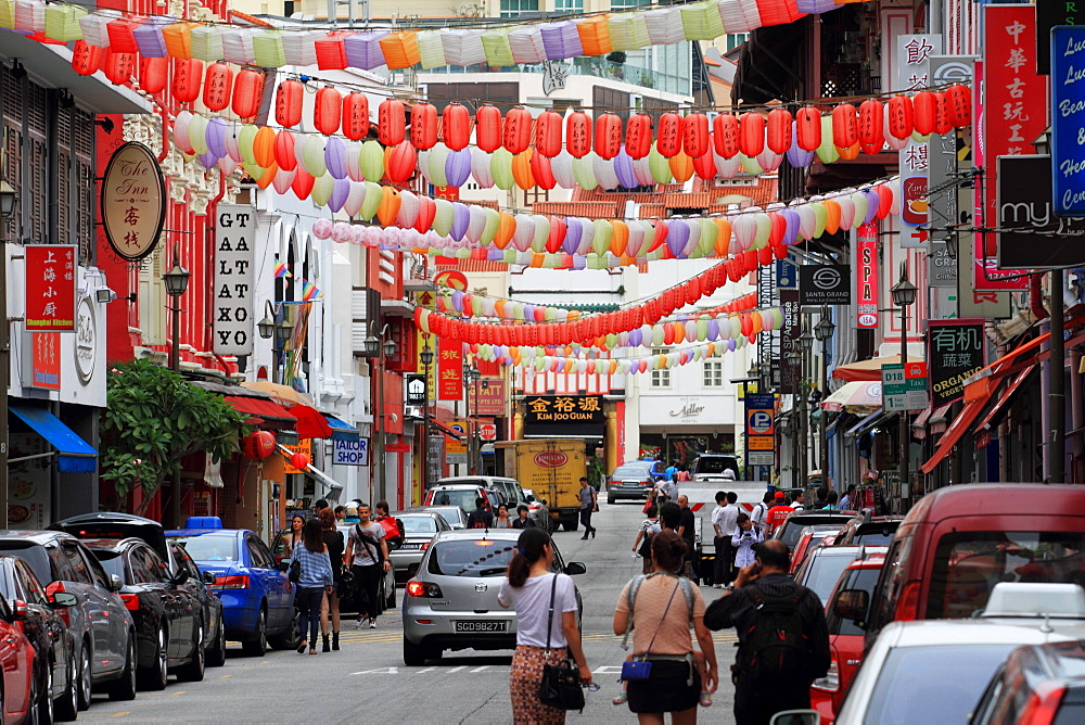 Lanterns along street in the shopping centre, Chinatown, Singapore, Southeast Asia, Asia - 352-950