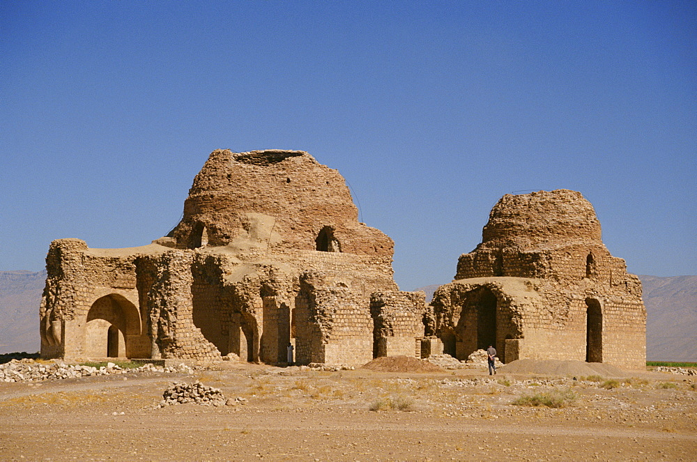 The ruins of a Sassanian palace, Fars Province, Iran, Middle East