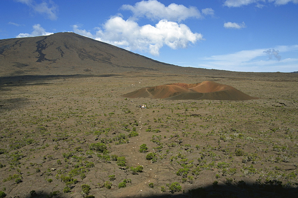 Outer crater and the small scoria cone, Formica leo, Piton de la Fournaise, Reunion, Africa