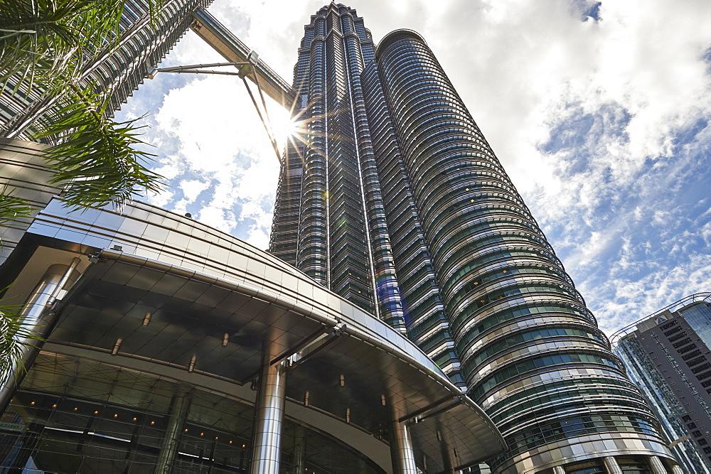 Petronas Towers, Kuala Lumpur, Malaysia, Southeast Asia, Asia - 358-576