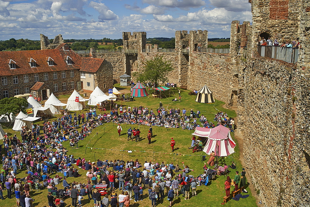 Pageantry festival at Framlingham Castle, Framlingham, Suffolk, England, United Kingdom, Europe - 358-610
