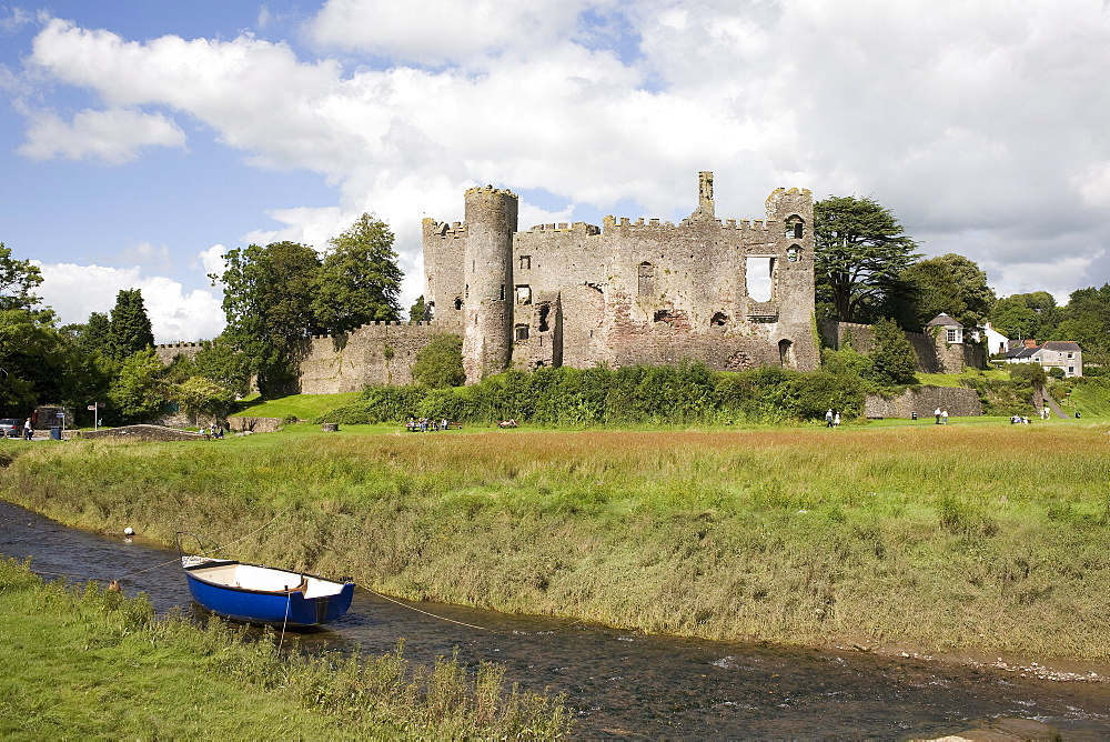 Castle and foreshore, Laugharne, Carmarthenshire, South Wales, Wales, United Kingdom, Europe - 365-3825