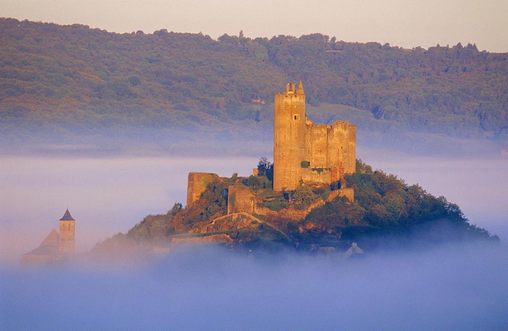 Najac Castle, Aveyron, Midi Pyrenees, France, Europe - 367-3663