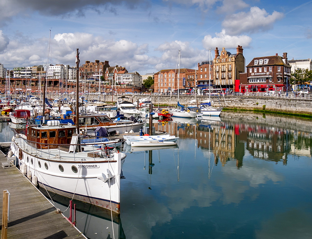 Ramsgate harbour, Ramsgate, Thanet, Kent, England, United Kingdom, Europe - 367-6131