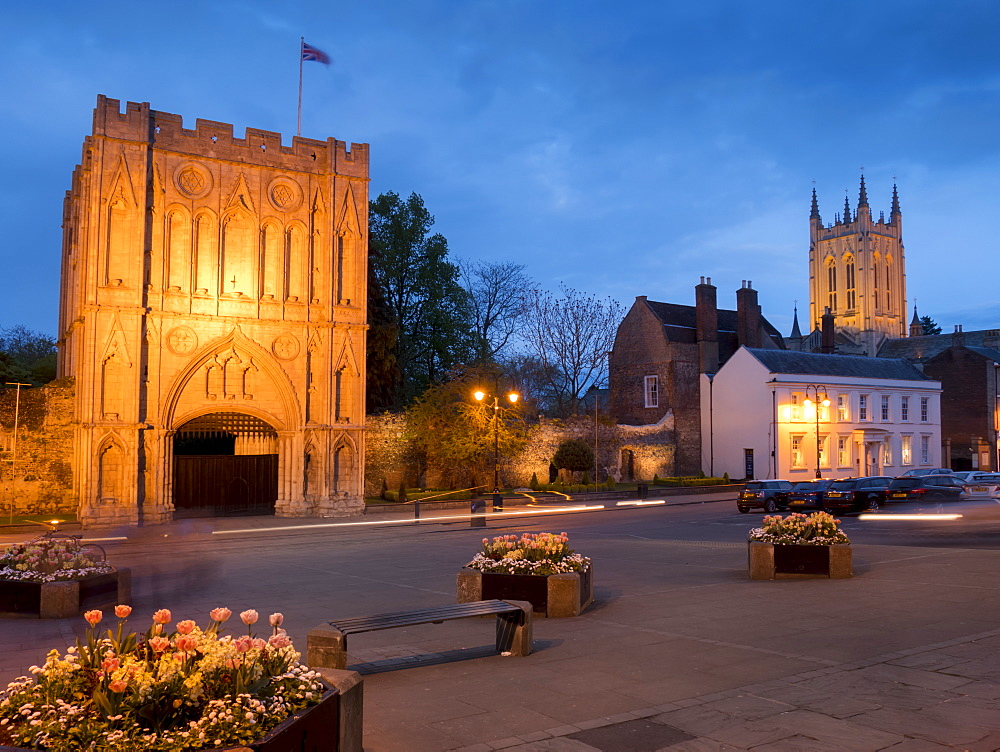 Norman Gatehouse tower and Abbey at twilight, Bury St. Edmunds, Suffolk, England, United Kingdom, Europe - 367-6142