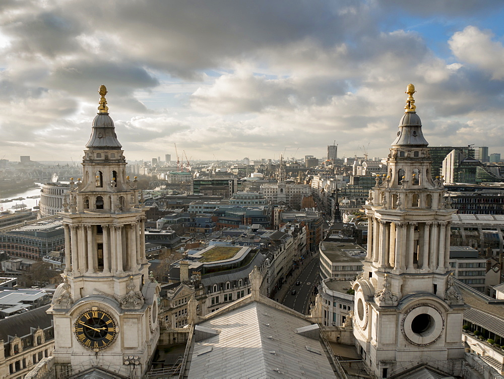 St. Pauls Cathedral twin spires frame cityscape, London, England, United Kingdom, Europe - 367-6155
