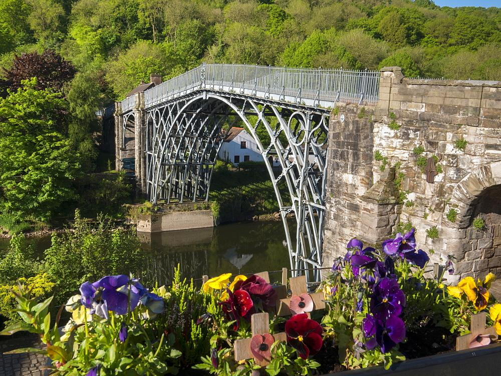 Historic Iron Bridge by Abraham Darby III, Ironbridge, UNESCO World Heritage Site, Shropshire, England, United Kingdom, Europe - 367-6172