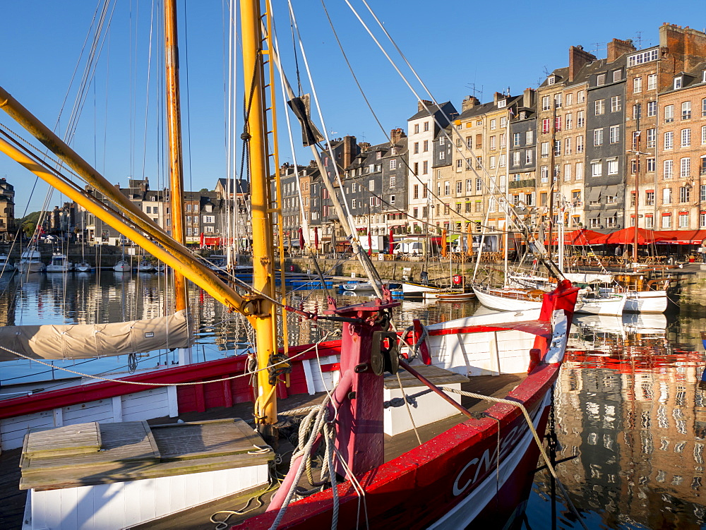 Honfleur old port, Calvados, Normandy, France, Europe - 367-6306