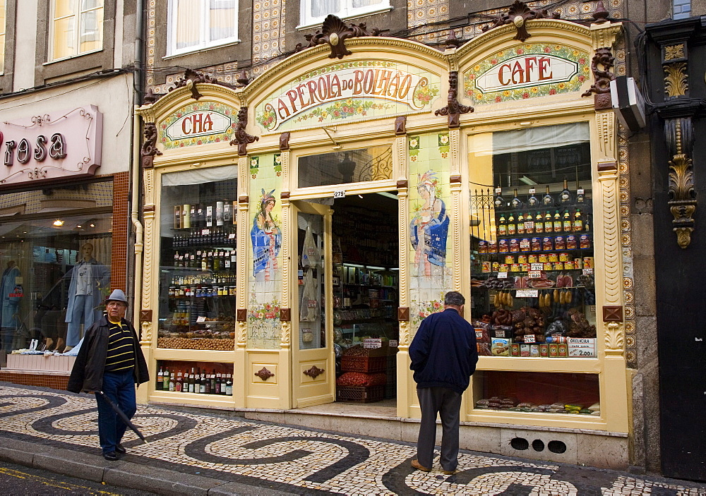 A Perola Do Bolhao, Art Nouveau cafe and delicatessen, Oporto, Portugal, Europe - 375-713