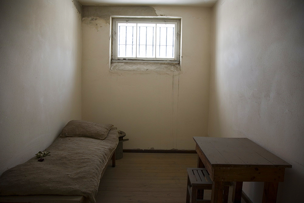 Prison cell, Gedenkstatte Sachsenhausen (concentration camp memorial), East Berlin, Germany, Europe - 375-721