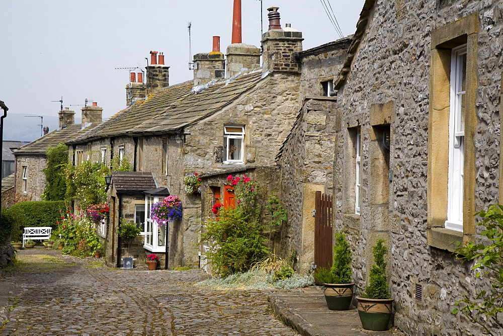 Grassington village, Yorkshire Dales National Park, North Yorkshire, England, United Kingdom, Europe - 375-793