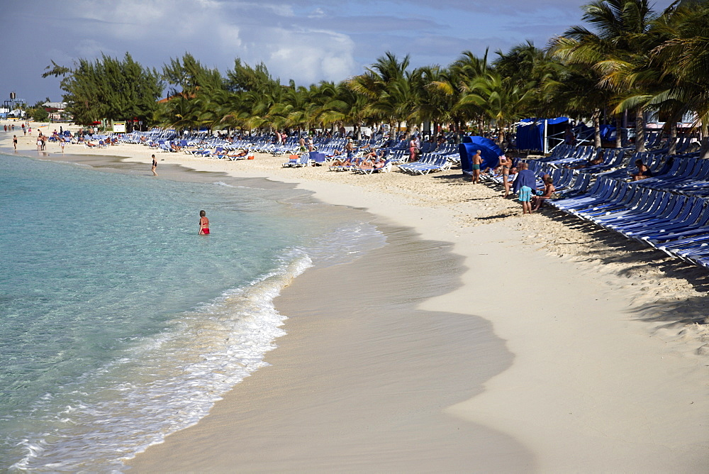 Sandy beach at Grand Turk Island, Turks and Caicos Islands, West Indies, Caribbean, Central America