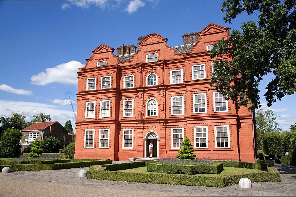 Kew Palace, Royal Botanic Gardens, UNESCO World Heritage Site, Kew, near Richmond, Surrey, England, United Kingdom, Europe - 377-3900