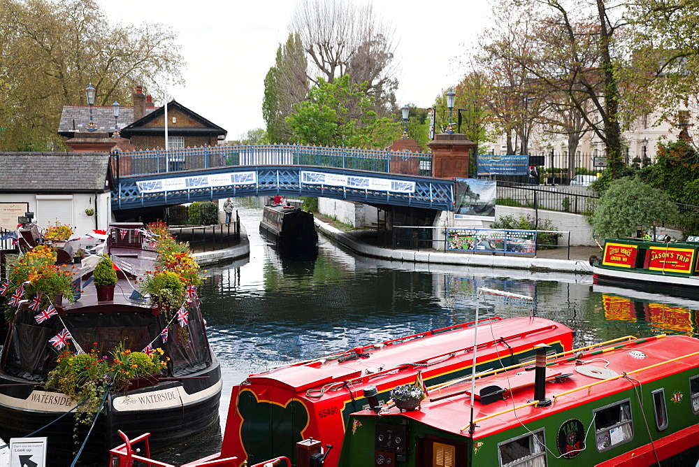 The Grand Union Canal showing the Westbourne Terrace Road Bridge, Little Venice, Maida Vale, London, England, United Kingdom, Europe - 377-3936