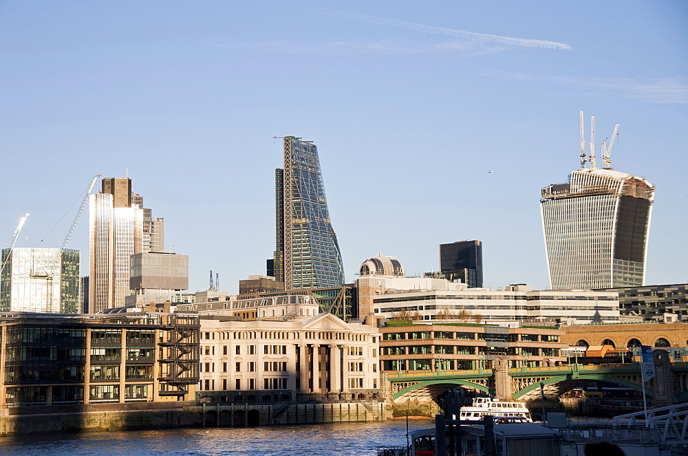 The skyline of the City of London showing Tower 42, the Leadenhall Building and 20 Fenchurch Street (The Walkie-Talkie), London, England, United Kingdom, Europe - 377-3991