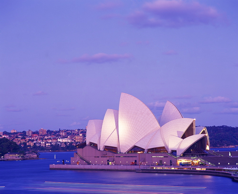 The Opera House in the evening, UNESCO World Heritage Site, Sydney, New South Wales, Australia, Pacific