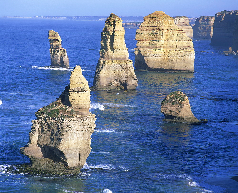 The Twelve Apostles, on the Great Ocean Road, Victoria, Australia, Pacific - 383-1337
