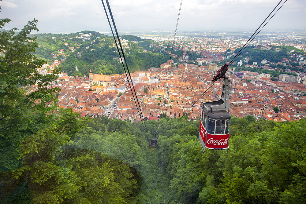 Cable car to Mount Tampa, old part of town in background, Brasov, Transylvania, Romania, Europe