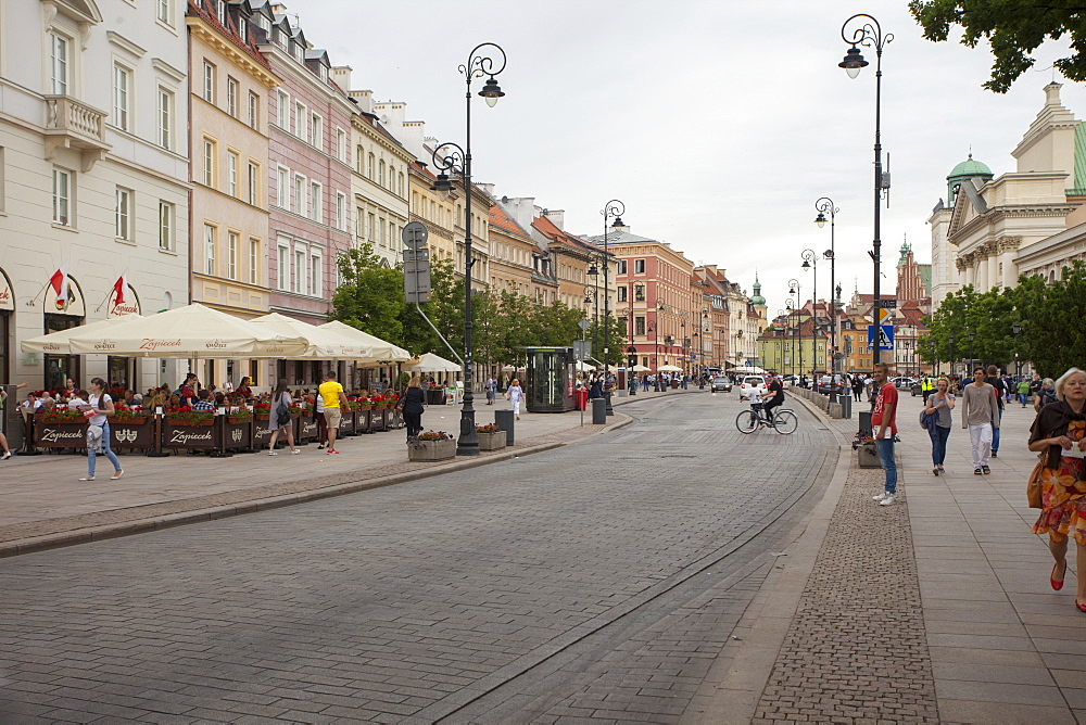 Cobbled Old Town Krakowskie Przedmiescie Street and street cafes, Warsaw, Poland, Europe - 385-1776