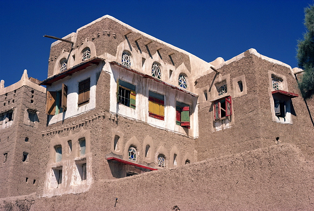 Typically decorated house of mud, Sadah, Yemen, Middle East
