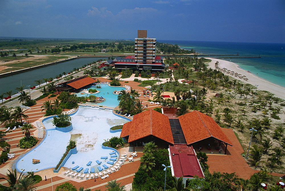 Hotel Puntarena and shared swimming pools, Varadero, Cuba, West Indies, Central America - 39-7367