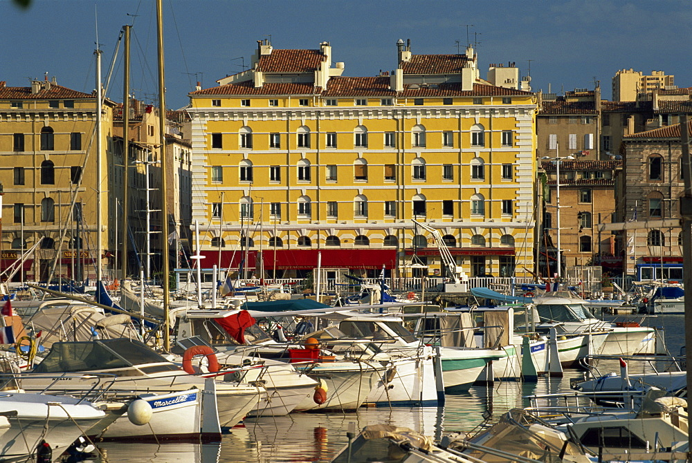 View across the Vieux Port, Marseille, Bouches-du-Rhone, Provence, France, Mediterranean, Europe