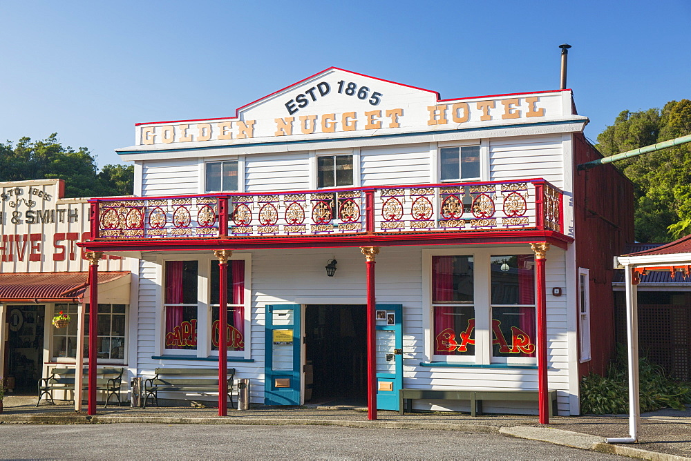 Historic building evoking the west coast's gold-mining past, Shantytown, Greymouth, Grey district, West Coast, South Island, New Zealand, Pacific - 390-2955