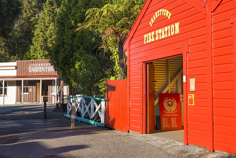Historic building evoking the west coast's gold-mining past, Shantytown, Greymouth, Grey district, West Coast, South Island, New Zealand, Pacific - 390-2956