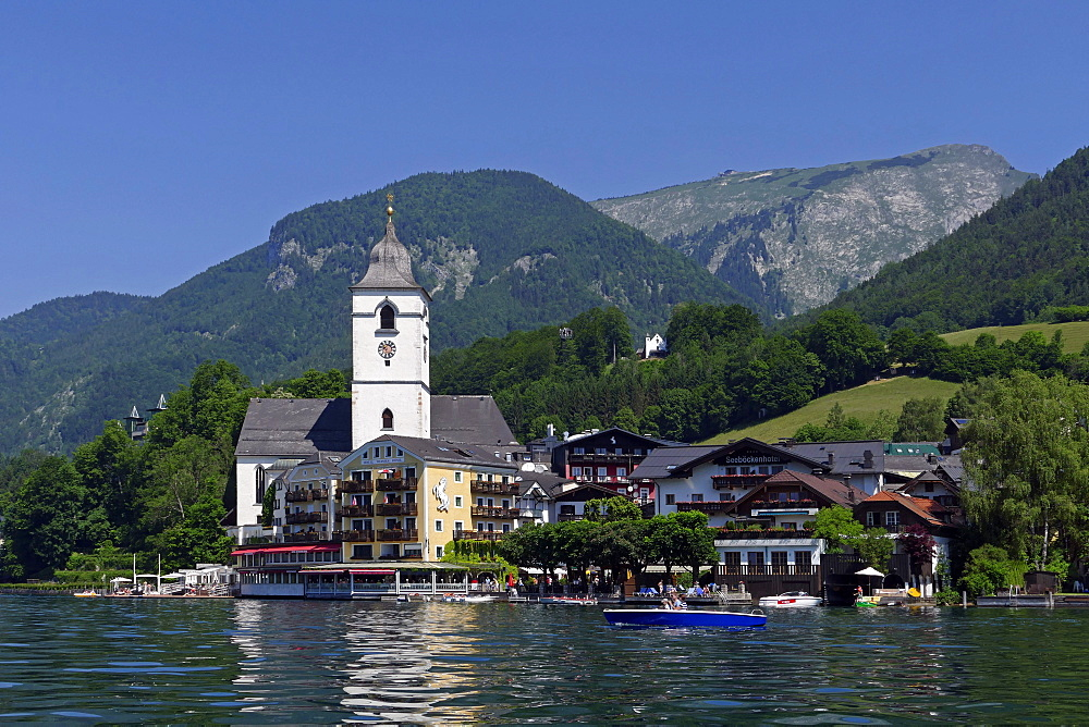 Pilgrimage Church and Hotel Weisses Roessl, St. Wolfgang, Lake Wolfgang, Salzkammergut, Upper Austria, Austria, Europe
