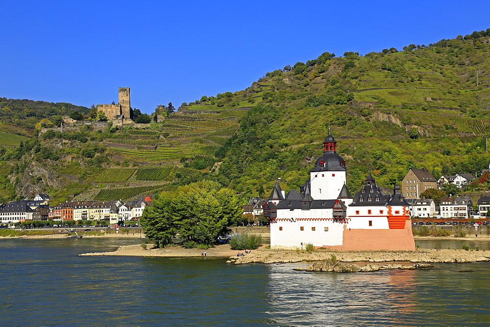Pfalzgrafenstein and Gutenfels Castle, Kaub, Rhine Valley, Rhineland-Palatinate, Germany