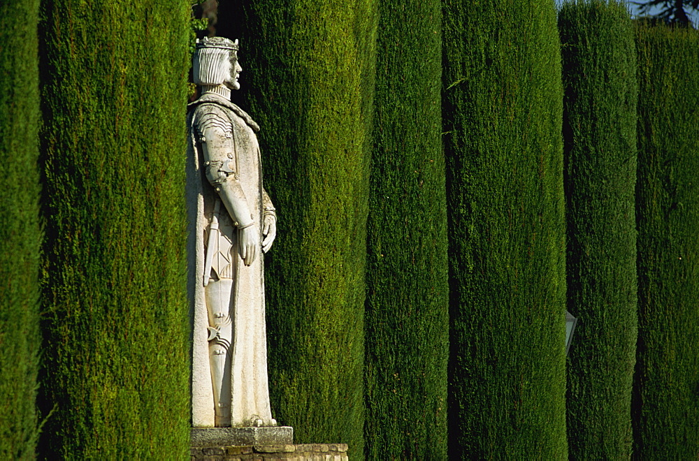 Statue in the garden, Alcazar de los Reyes, Cordoba, Andalucia, Spain, Europe - 397-1148