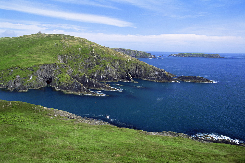 Spain Point and the Kedges Rock near Baltimore, County Cork, Munster, Republic of Ireland, Europe