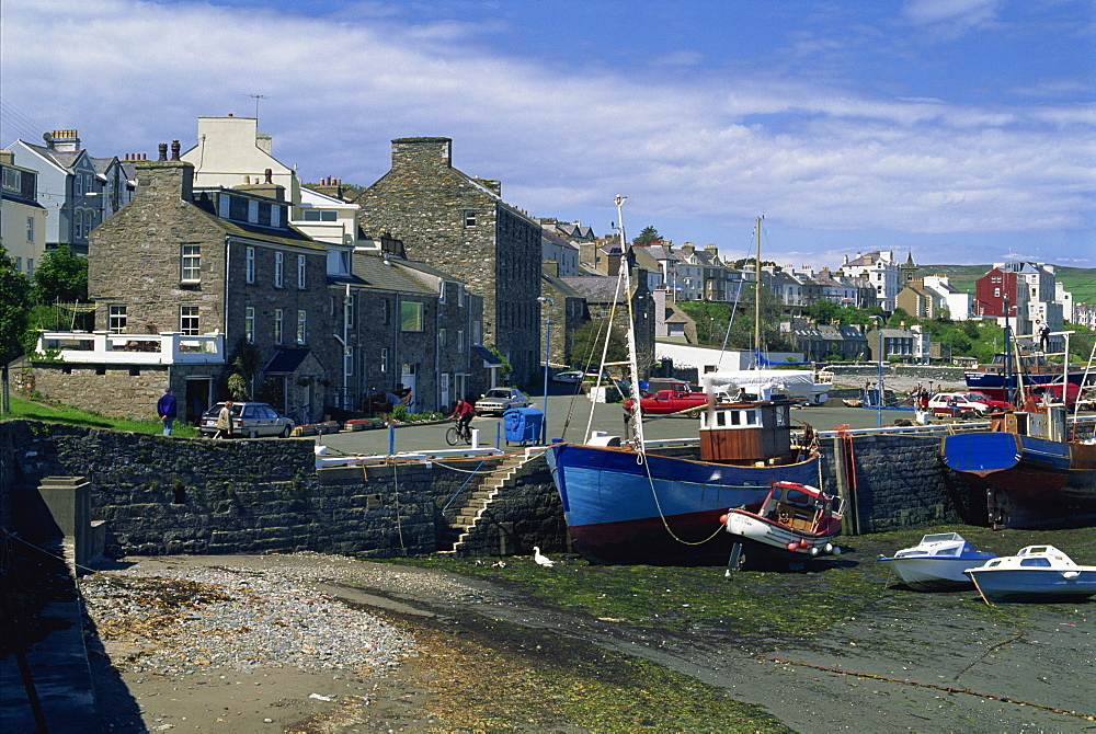Fishing boat dried out in the Old Harbour, Port St. Mary, Isle of Man, United Kingdom, Europe - 397-1991