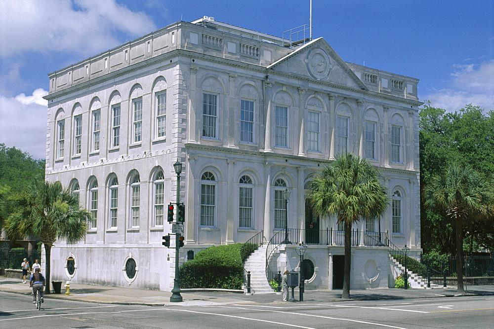 Charleston City Hall dating from 1801 in historic centre, Charleston, South Carolina, United States of America (U.S.A.), North America
