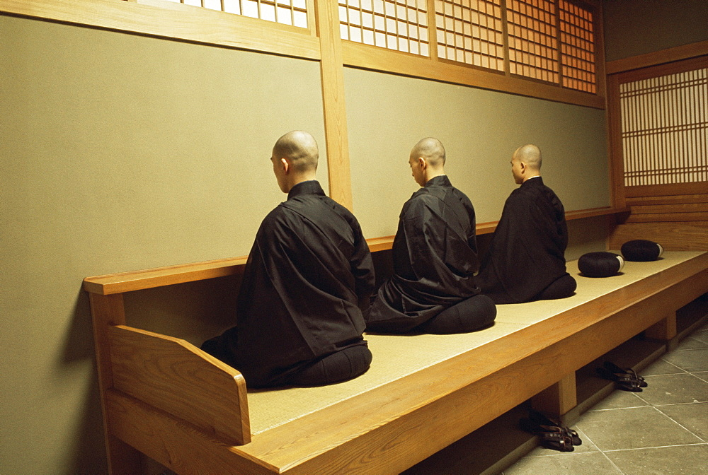 Monks during Za-Zen meditation in the Zazen Hall, Elheiji Zen Monastery, Japan, Asia - 399-3661