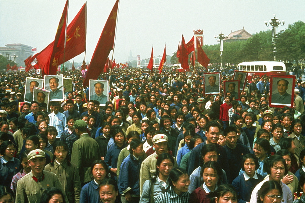 Demonstration on Tiananmen Square during the Cultural Revolution in 1967, Beijing, China, Asia - 399-3872