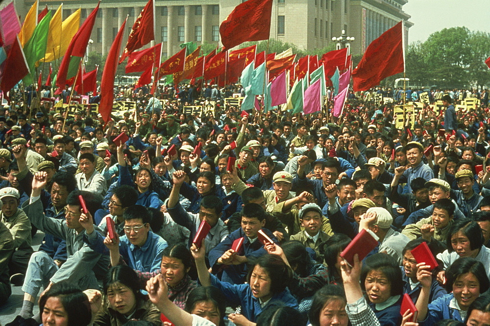 Demonstration on Tiananmen Square during the Cultural Revolution in 1967, Beijing, China, Asia - 399-3876